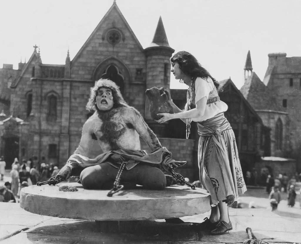Hunchback of Notre Dame from 1923 movie
