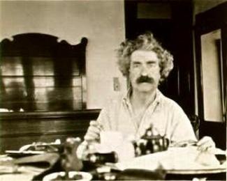 Mark Twain Samuel Clemens portrait Wikicommons