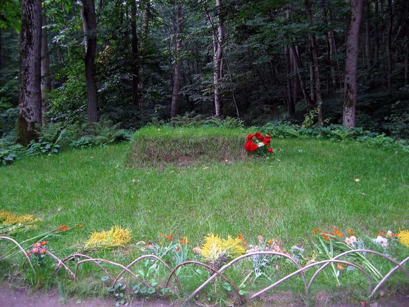 Leo Tolstoy grave